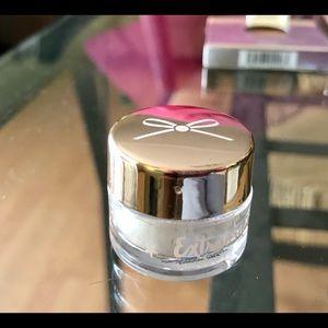 Sparkly Translucent Powder NEW